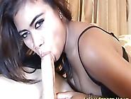 Man Fucks Thai Lass' Gaps Before Erupts Semen In Mouth