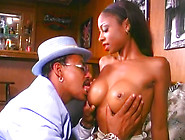 Black Sexy Whore Gets Her Cooch Licked And Sucks Delicious Dick