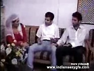 Arab Beauty Fucked Hardcore In Threesome - Indiansexygfs. Com