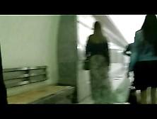 Grabando A Las Mujeres En El Metro