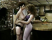 Pale Voracious Bar Waitress Undree To Eat Each Other's Wet Hungr