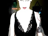 Black Swan Mastubates On Webcam 4