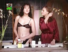 Louise Cardoso In Matou A Família E Foi Ao Cinema (1991)
