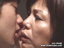 Japanese Mom Unable Sleep And Go To Son Room For Fucking