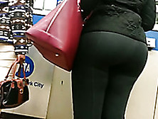Spying On Thick Booty Of Jamaican Mom In Ny Subway