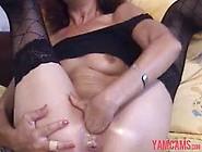 Hot Sexy Skinny Mature Milf Plays