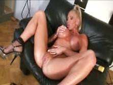 Former fitness champ krisztina sereny plays with dildo
