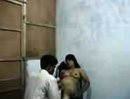 Bangla Blackmailing Her Customer For Sex