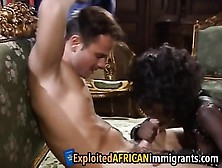 Stunning African Babe Got Her Delicate Cunt Analyzed By A Stiff