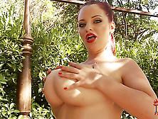 Arousing Joanna Bliss Plays Wiht Her Gazongas