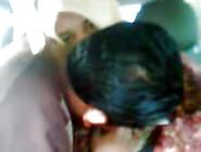 Jilbab Di Mobil