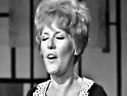 Tv Show - Petula Clark - Downtown 1965