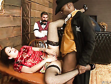 Sean Michaels Stretches Pretty Bob Es Mouth With His Beefy Meat