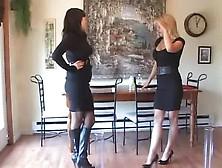 Various Desperate Women Peeing