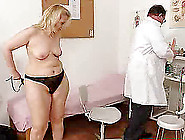 Matured Enjoys The Gyno Exam