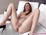 Pissing Fetish Babe Masturbating