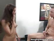 Sesso A Tre In Questo Porno Americano Davvero Hot
