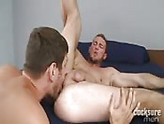 Kinky Bearded Guy Getting His Asshole Licked