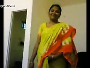 Aunty Stripping Cloths In Free Porn Tube Video