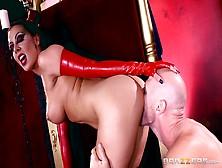 Juego Porno Con Una Demonia Deseosa De Sexo Duro