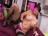 Milf Shay Fox Is Playing With Her Snatch
