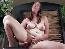 Lindsay - Amateur Hairy Pussy Solo Masturbation