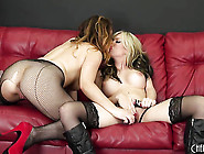 Sexy Lesbians Kissing And Fingering Each Other Nastily