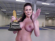 Kendra Lust Fucks A Guy In The Cowgirl Pose After Sucking His Wa