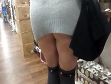Public Pussy Flash In Store