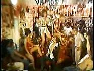 Classic Xxx Brazilian Meninas,  Virgens E P...  Troca De Oleo 1983