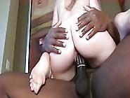 Bigbutt White Milf Makes A Bbc Cum