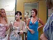 Seductive Lesbian Babe Reaches Orgasm While Having Her Pussy Lic