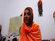 Don En Ad Laten Een Hindoestaanse Meid Een Hollandse Lul Pijpen
