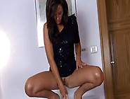 Babe Dildoing Divinely Sweet Pussy Hole