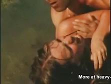 Chica Violada En Una Playa Solitaria Porno Bizarro - Sexo Ex. Mp4