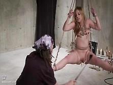 Rubia Sumisa Tiene Orgasmo Intenso Con Un Plug Anal Bondage Atad