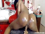 Big Butt Squirting Dildos Cam