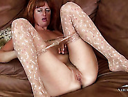 Mom Slips Out Of Her Pantyhose To Get Off