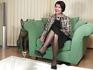 Mature Nl - Horny British Housewife Playing With Her Pussy