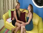 Brunette Lesbian Masturbates In Front Of Cam