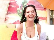 Live Cams - Ava'S Big Boobs Bounce On A Shaft