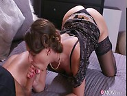 Housewife In Stockings Squirting