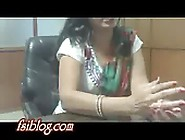 Desi Bhabi With Her Boss Leaked Mms