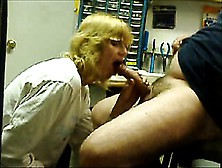 Filthy Mature Slut With Glasses Shows Her Perfect Blowjob S