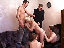 Incredible Amateur Record With Gangbang,  Cumshot Scenes