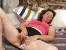Hairy Amateur Mature Milf Masturbating Her Old Vagina Demilf. Com