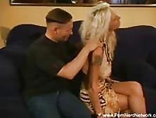 Massaggio E Sesso Per Una Milf Olandese