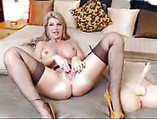 Mami Sexy Con Lencería Fina