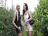 English Mature Oral Sixty Nining In Trio