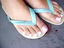 Bug Flip Flop